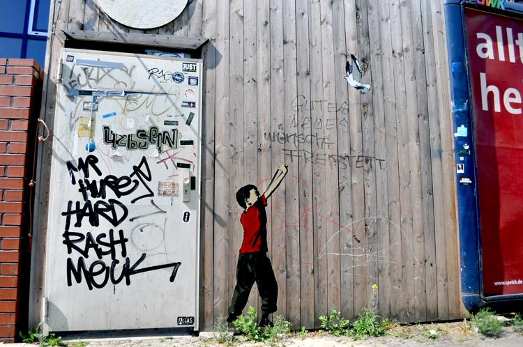 Alias - You Peace Me Off,paint, make, paint
