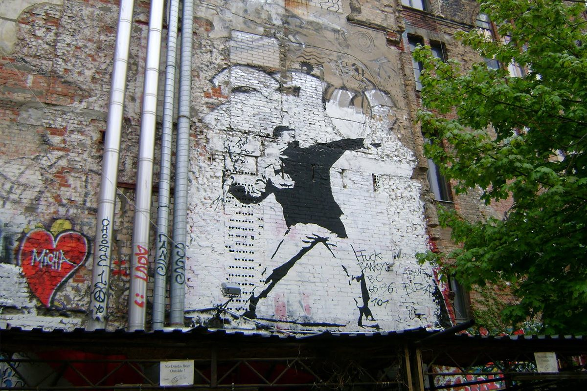 was banksy ever really in berlin. Black Bedroom Furniture Sets. Home Design Ideas