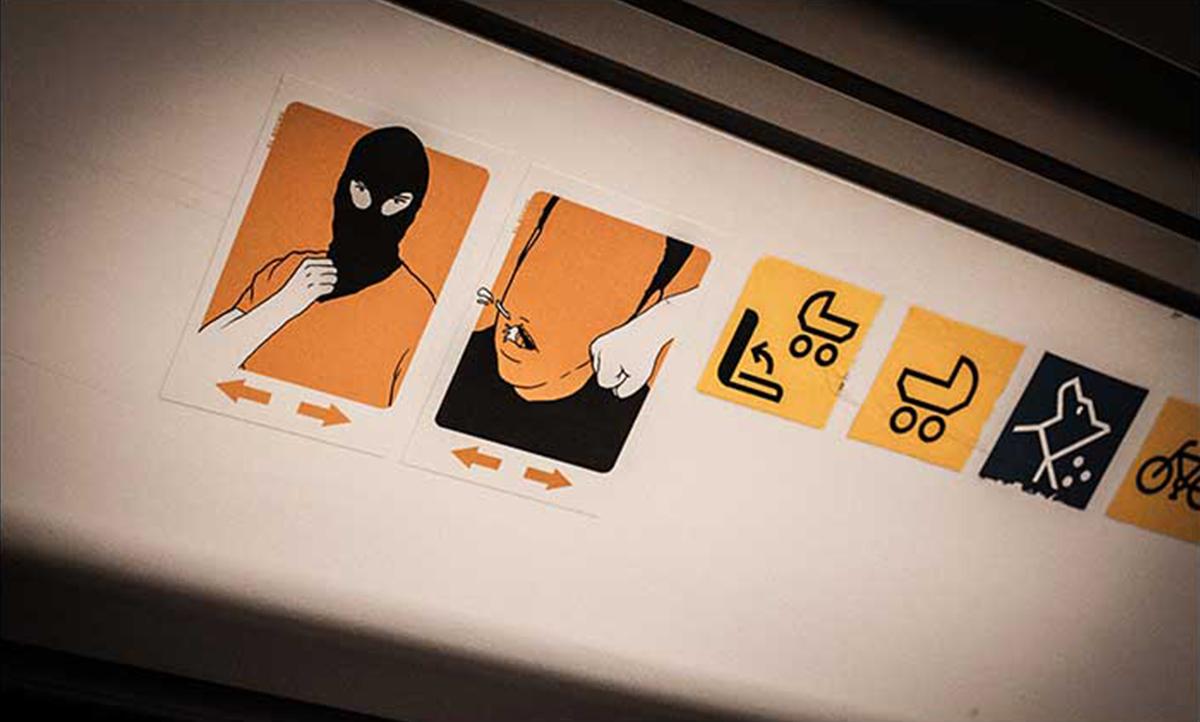 El Bocho - Violence Stickers, in Hamburg and Berlin