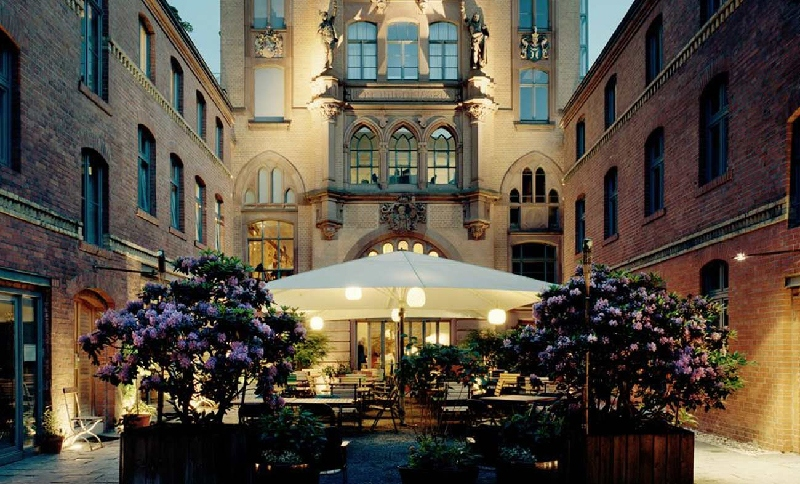 berlin mitte restaurants, travel read